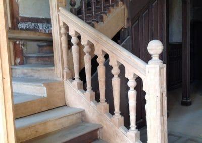 Décapage bois escalier